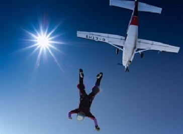 Skydiving in Kingsfield Airfield, Dhekelia